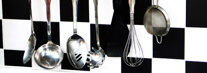 Emejing Utensili Indispensabili In Cucina Contemporary - Design ...